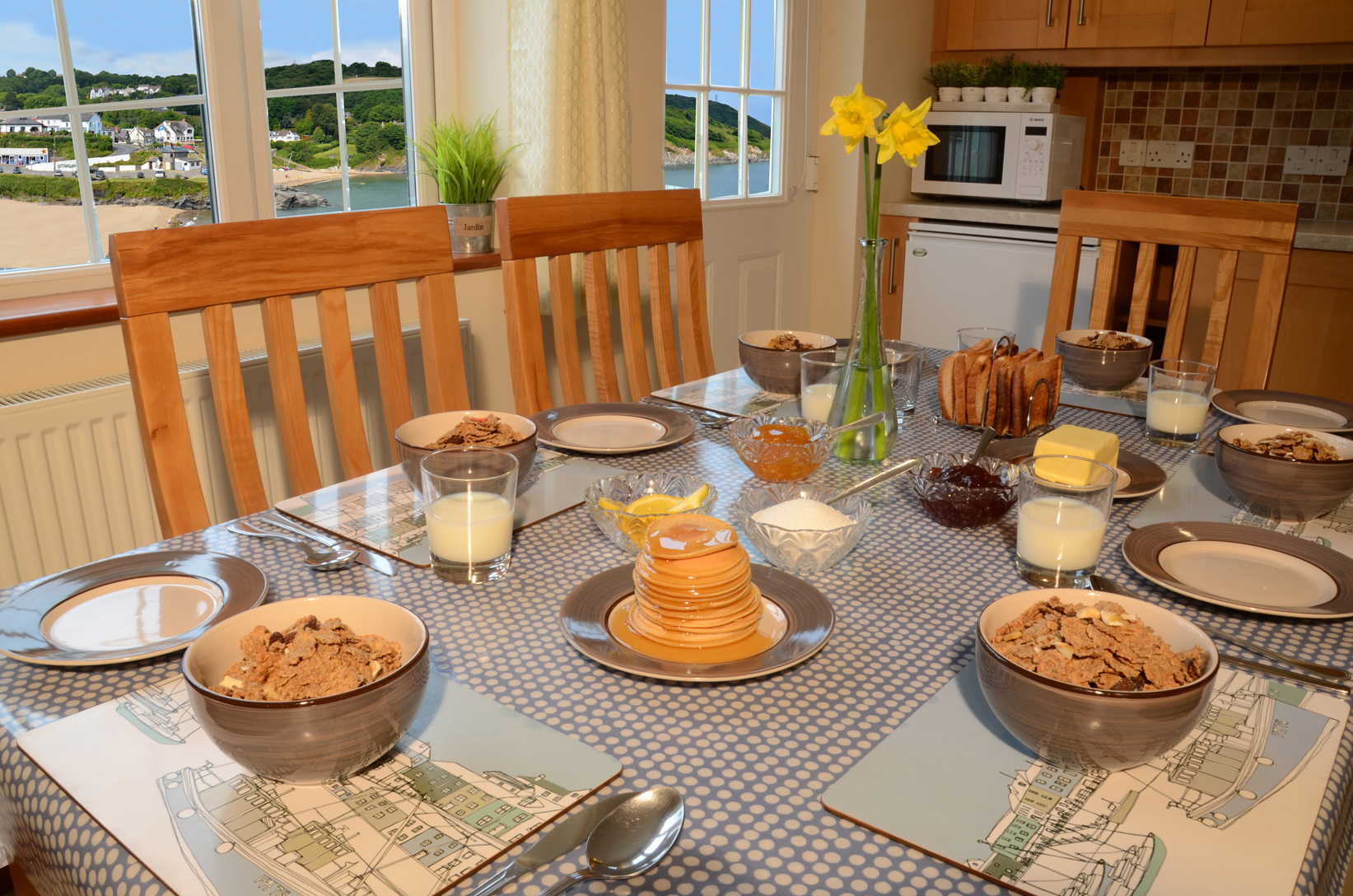 Glanmordy No1 Kitchen 1 - Aberporth Holiday Cottages